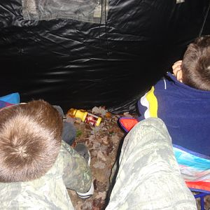 melissa_and_the_boys_deer_hunt_001